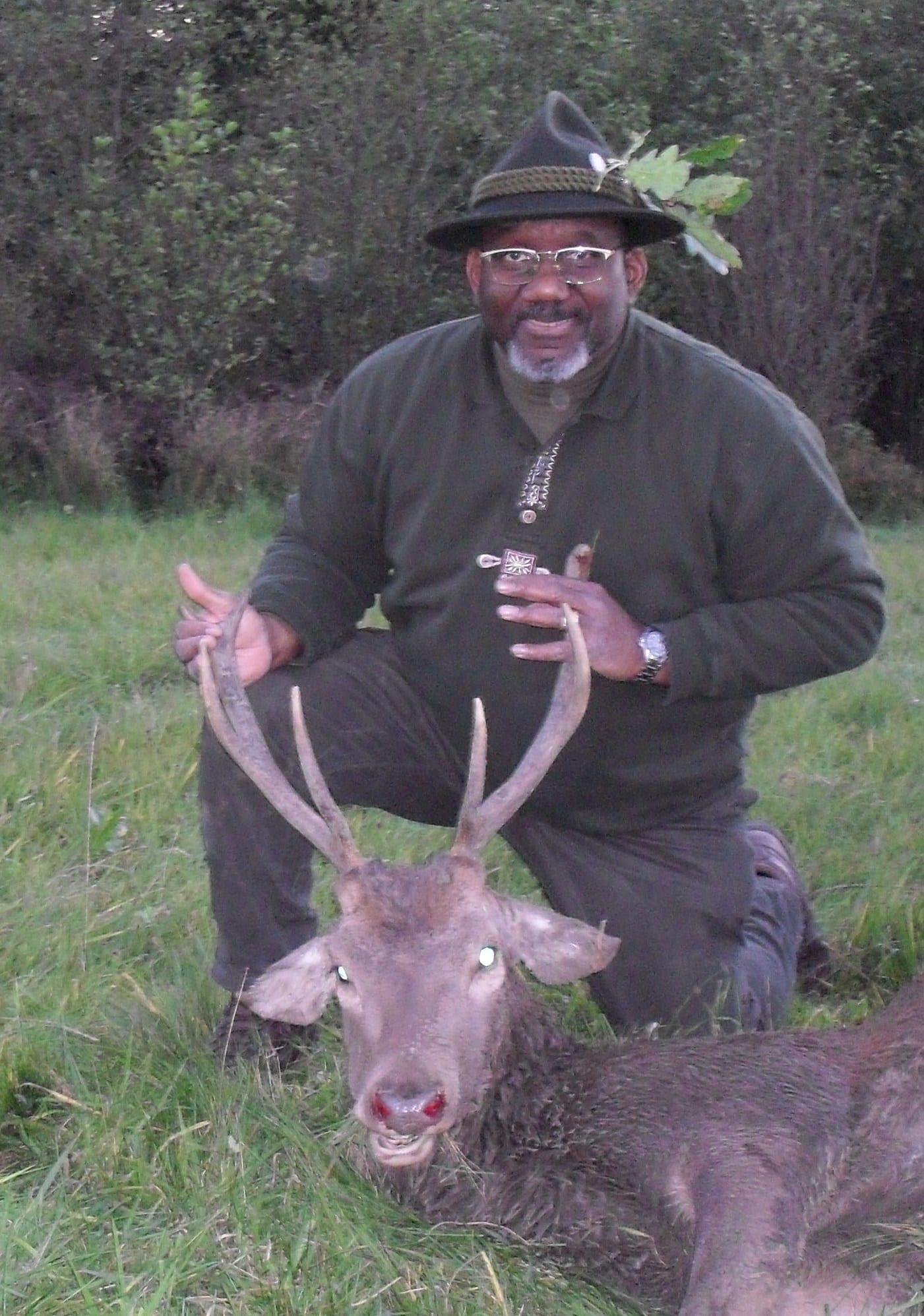 Docs-8-Pt-Red-Deer-Stag